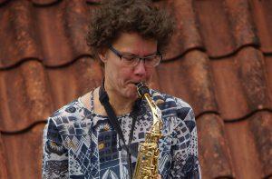 Juul Couperus op alt saxofoon